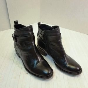 EUC Vince Camuto Beamer Calfskin Leather Boots 6.5